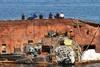 Операция по подъему танкера Delfi в Одессе снова сорвалась