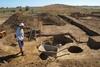 На Арабатской стрелке нашли захоронение эпохи средней бронзы