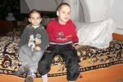 Львовские братья-маугли в детдоме не узнают друг друга