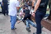 Пока мужчина умирал в ожидании скорой, девочка кричала:  Спасите папу!