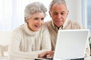 Новогодние развлечения для пенсионеров: сдай отпечатки пальцев – получи пенсию