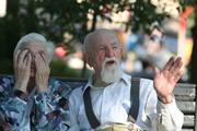 Снизят ли пенсионный возраст для женщин: мнения экономистов