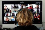 Как ученики нанимают хулиганов срывать онлайн-уроки