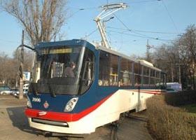 Трамвай с «памятью» поставили на рельсы
