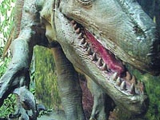 В город  привезли динозавров