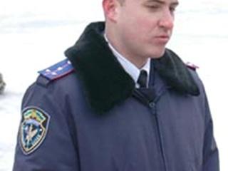 Милиционер спас рыбака