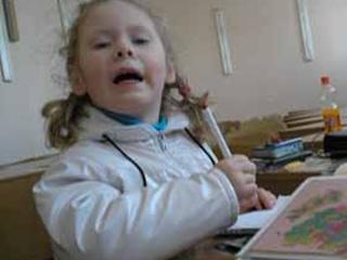 Трехлетняя Полина рисует, как Моне
