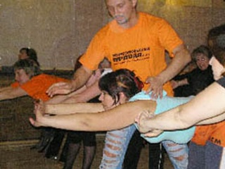 Николай Коваленко учил львовянок танцевать и худеть