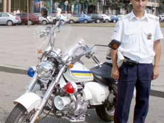 Гаишники пересели на мотоциклы