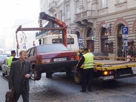 Автомобили будут увозить на штрафплощадку