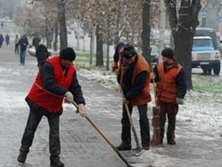 Первый снег парализовал наш город