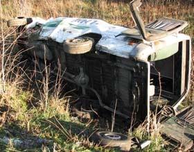 У памятника погибшим автомобилистам перевернулась маршрутка