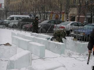 На площади Свободы появится дворец изо льда
