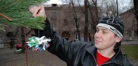 На главной елке города зажгут снежинку весом в 15 килограммов