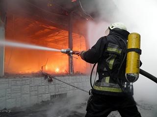 Теперь реформа у пожарных: помогать в тушении пожаров будет общественность
