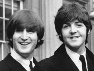 Гневное письмо Леннона Маккартни продали за 30 тысяч долларов