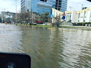 Наводнение в Киеве: улицу Борщаговскую снова затопило