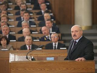 Лукашенко:  Беларусь у опаснейшей черты, боюсь говорить, что может случиться
