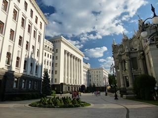 Тарута предложил переселить Администрацию президента в Мариинский дворец