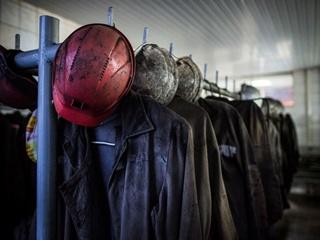 Луганские шахтеры устроили забастовку под землей