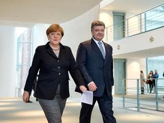 Петр Порошенко поздравил  надежную союзницу  Ангелу Меркель с Днем рождения