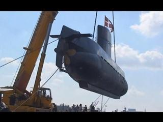 На борту затонувшей крупнейшей в мире подводной лодки ищут журналистку