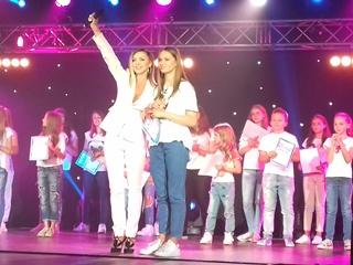 Победитель  Славянского базара  Влад Сытник подбадривал конкурсантов, а Валевская оказалась строгой, но справедливой