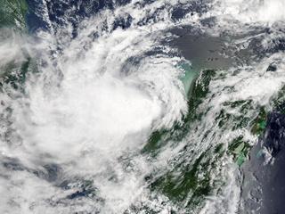 Жертвами урагана  Нейт  стали уже 28 человек