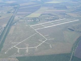 В Одессе люди в масках пытались захватить военный аэродром