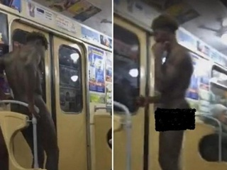 В харьковском метро пританцовывал голый мужчина