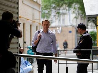 Навального снова арестовали на 30 суток