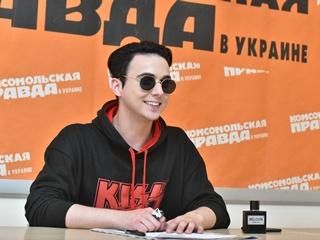 MELOVIN:  Спасибо  КП в Украине ! Вы вернули мне голос перед финалом