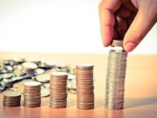 Розенко заявил, что минимальную зарплату до 4,2 тысяч гривен поднимут уже в этом году