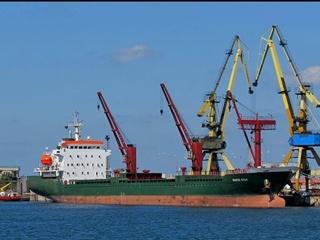 За сутки ФСБ России задержало в Азовском море 7 торговых суден, - вице-спикер Верховной Рады. Слободян опроверг.