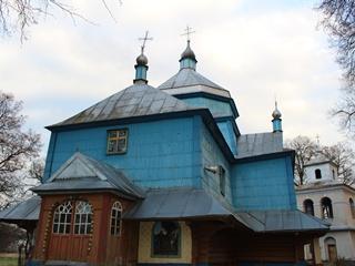 На Прикарпатье православный священник избил депутатшу-католичку брючным ремнем