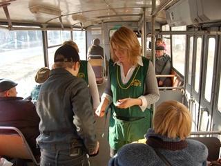 Почему кондукторы в трамваях призывают бунтовать против новых тарифов