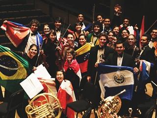 В Киев приедет самый известный оркестр в мире