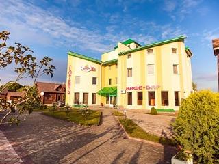 На Львовщине в отеле отравились 17 человек, из них 16 – дети