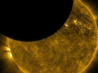 Астрологи рассказали, чего нельзя делать во время солнечного  затмения 11 августа