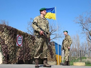 На границе с Крымом возобновил работу один из КПП