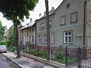 Владельцев львовских квартир начали штрафовать за пластиковые окна