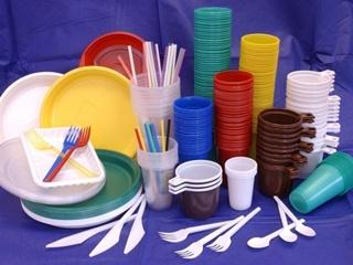 В Чехии запретили производство и продажу товаров из пластика
