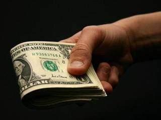 Что будет с долларом к концу лета