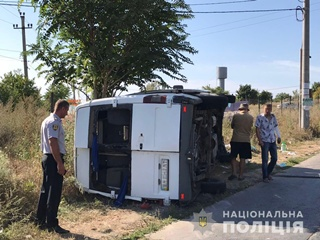 В Одесской области автобус столкнулся с грузовиком, пострадали 11 человек