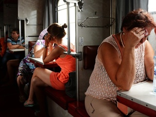 Железнодорожная драма – на пассажира упала оконная рама