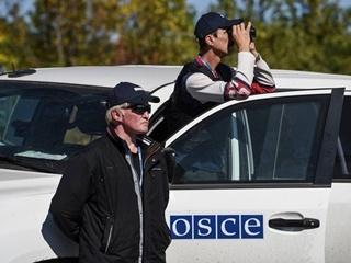 ОБСЕ зафиксировала в Донбассе российские грузовики с боеприпасами
