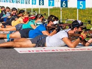 Международный союз биатлонистов заподозрил 4 российских спортсменов в использовании допинга