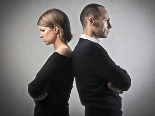 Что мешает украинкам на равных конкурировать с мужчинами за достойное место в обществе