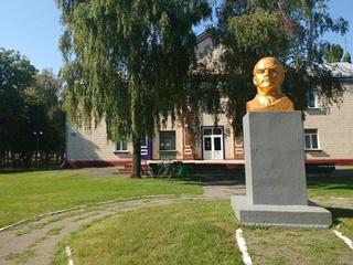 Последний Ленин Полтавщины оказался частной собственностью