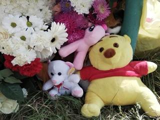 В Желтых Водах на похороны дочери, избитой отчимом, мать пришла под конвоем
